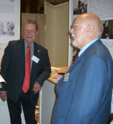 Bernhard Brehl und Heinz Krichbaum beim Hessischen Stiftertag in Wiesbaden.