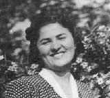 Wir lernten Isabelle 1999 in Budapest kennen. Diese Aufnahme entstand in Budapest ungefähr ein Jahr vor ihrer Deportation. Ca. 1943.